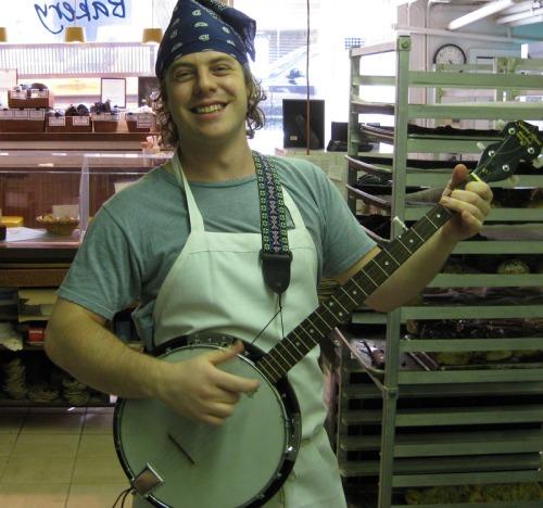 ben_with_banjo